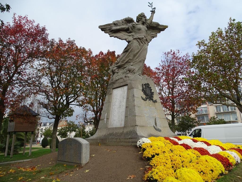 CES MONUMENTS DANS NOS VILLES ET VILLAGES QUI NOUS RAPELLENT LE SOUVENIR DE1914/1918