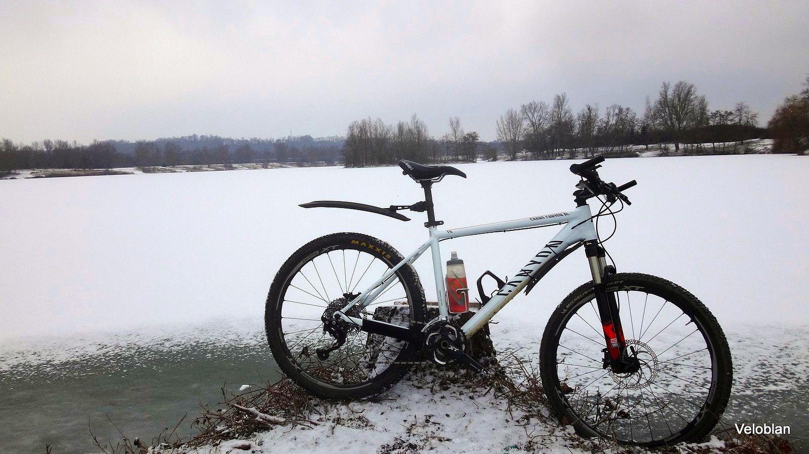 VTT dans la neige