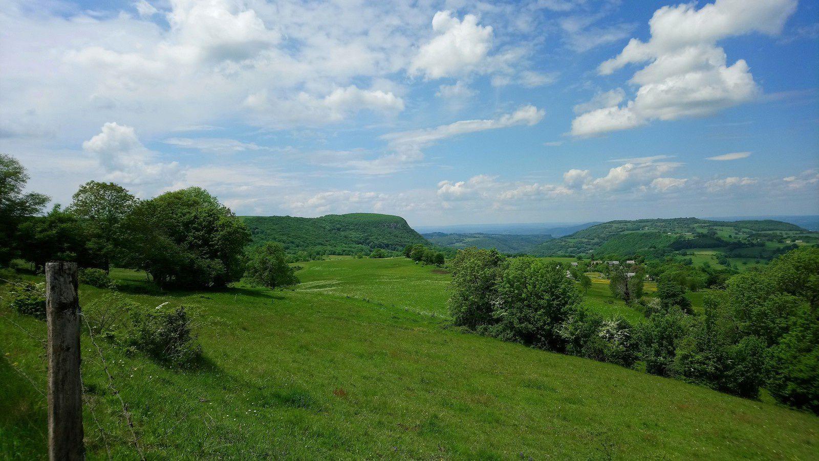 Balade dans le Cantal sur 2 jours, retour par le Cézallier