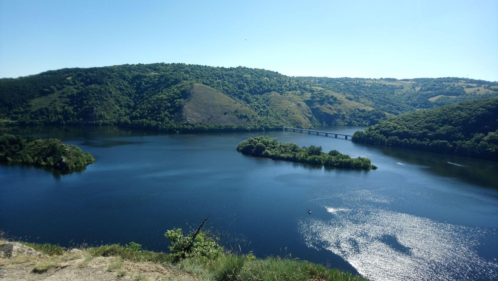 Une balade dans le plus beau pays du monde, le Cantal
