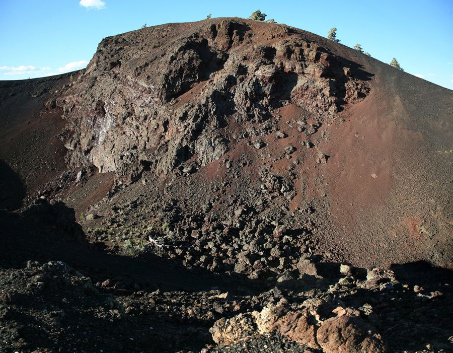 Crater of the Moon - Big cinder butte  -  photo © Bernard Duyck