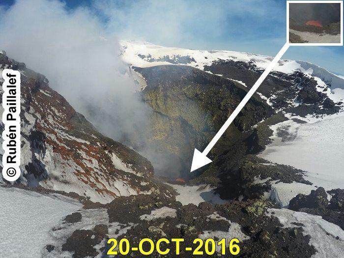 Villarica crater on 20/10/2016 - doc.POVI - Ruben Paillalef