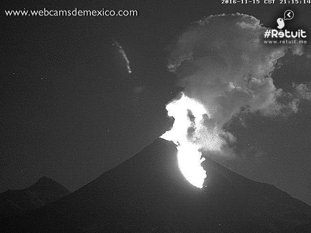 Colima - 15.11.2016 / 21h15 - photo WebcamsdeMexico