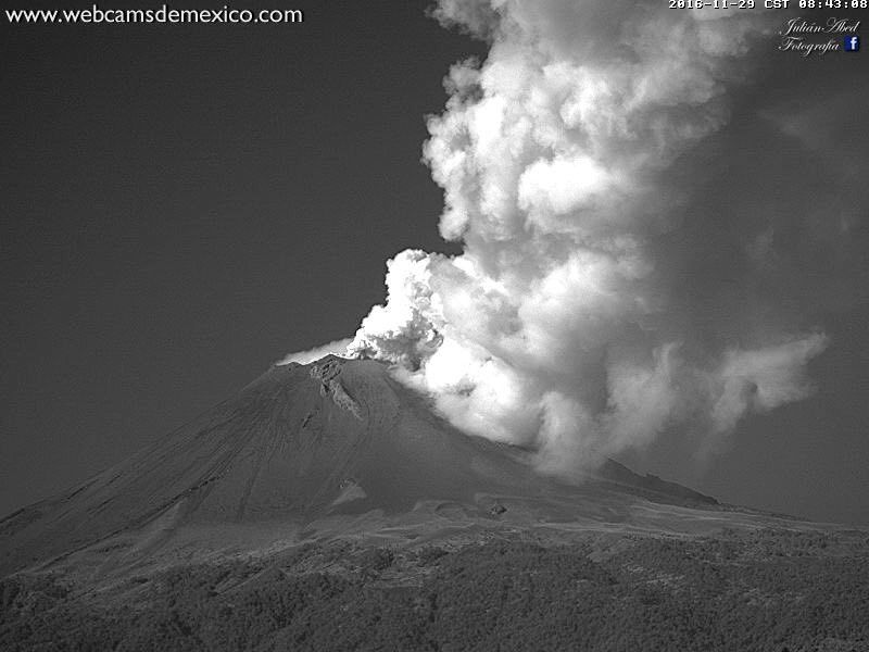 Popocatépetl - 29.11.2016 / 8h 43 - photo webcamsdeMexico