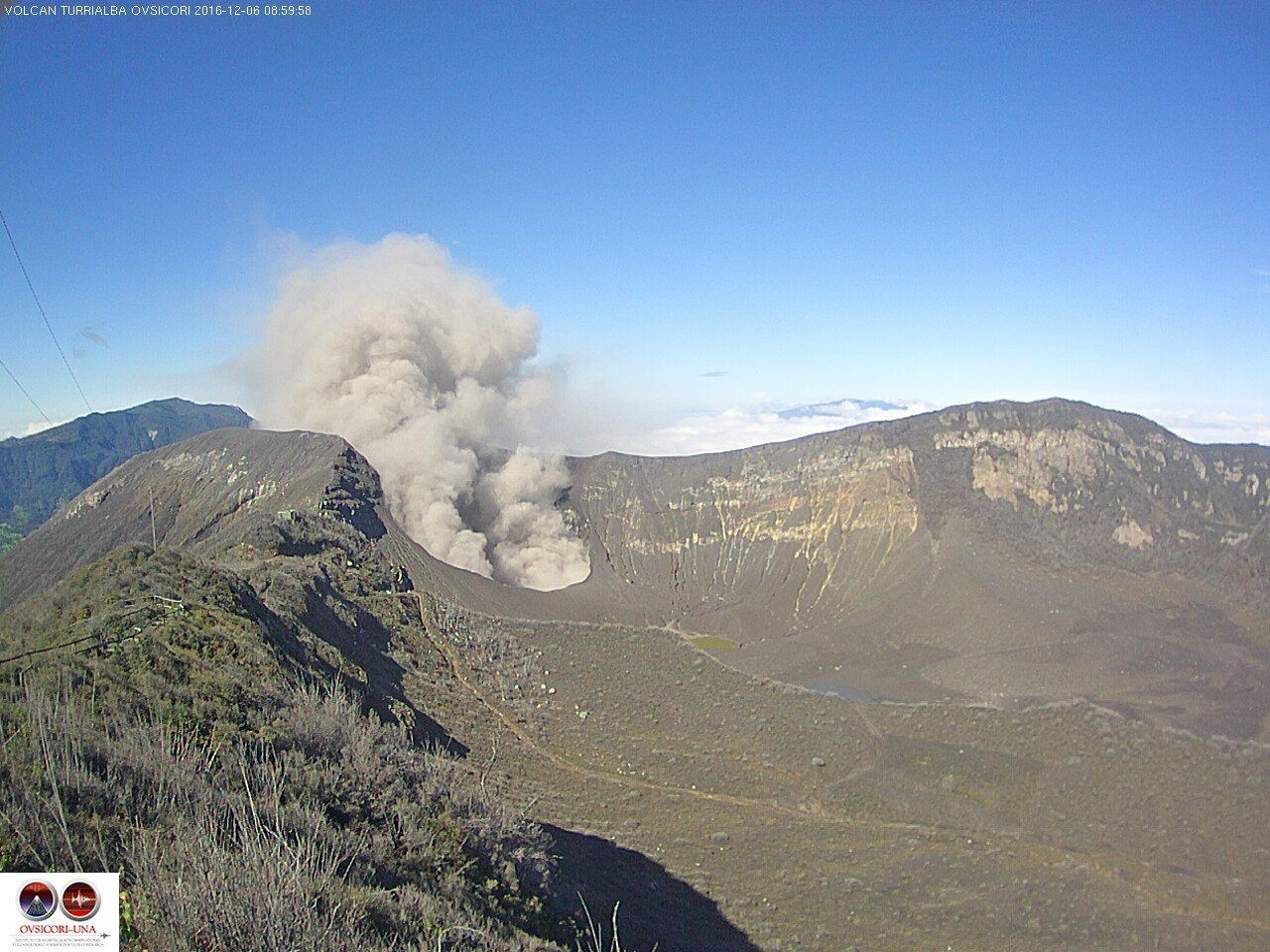 Turrialba - 06.12.2016 / 9h - webcam Ovsicori