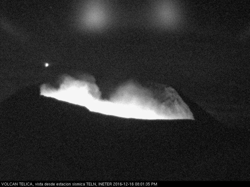 Telica - 16.12.2016 / 20h01 loc - webcam seismic station TELN / Ineter