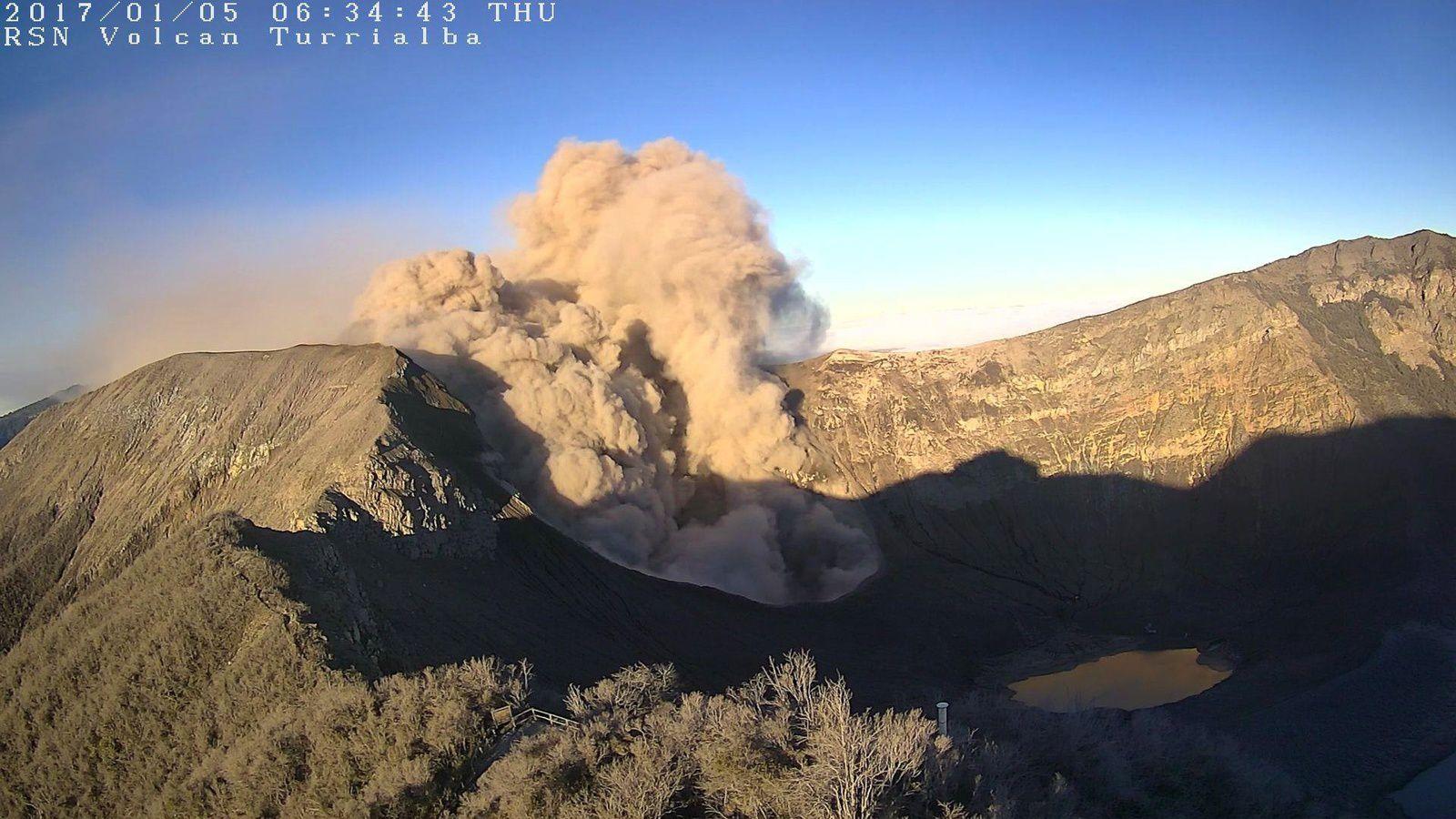 Turrialba - 05.01.2017 / 6h34 - webcams RSN