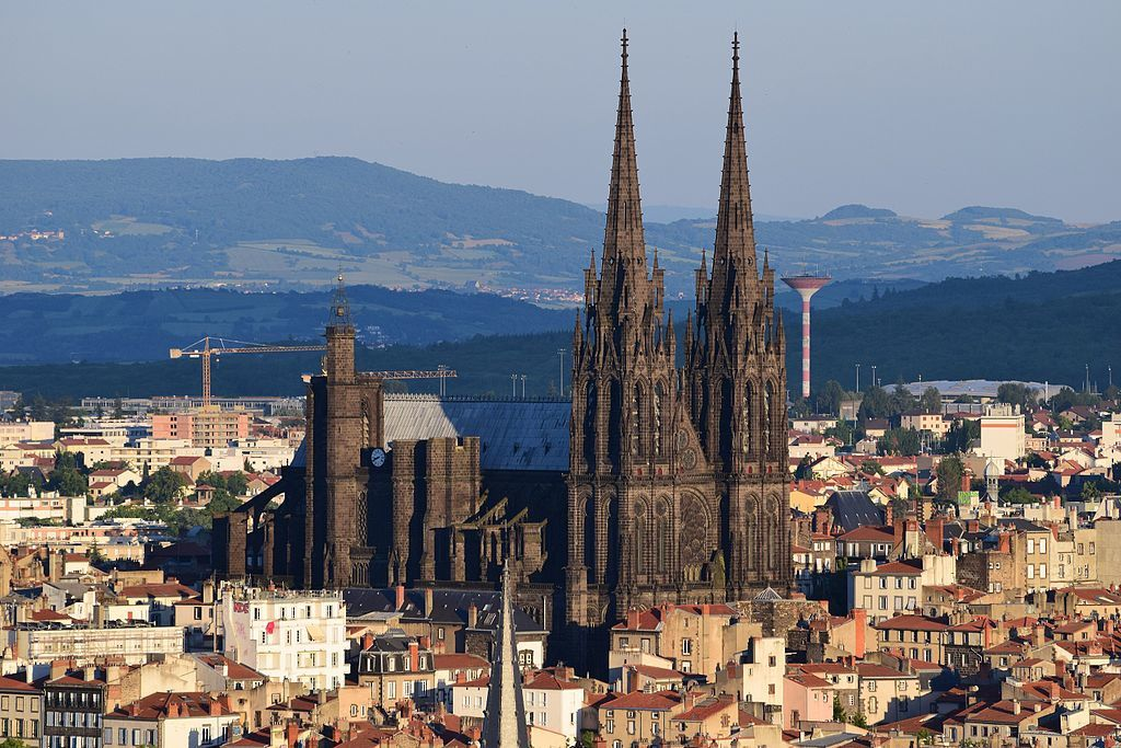 The Cathedral of Clermont-Ferrand view from Montjuzet - photo Fabien 1309