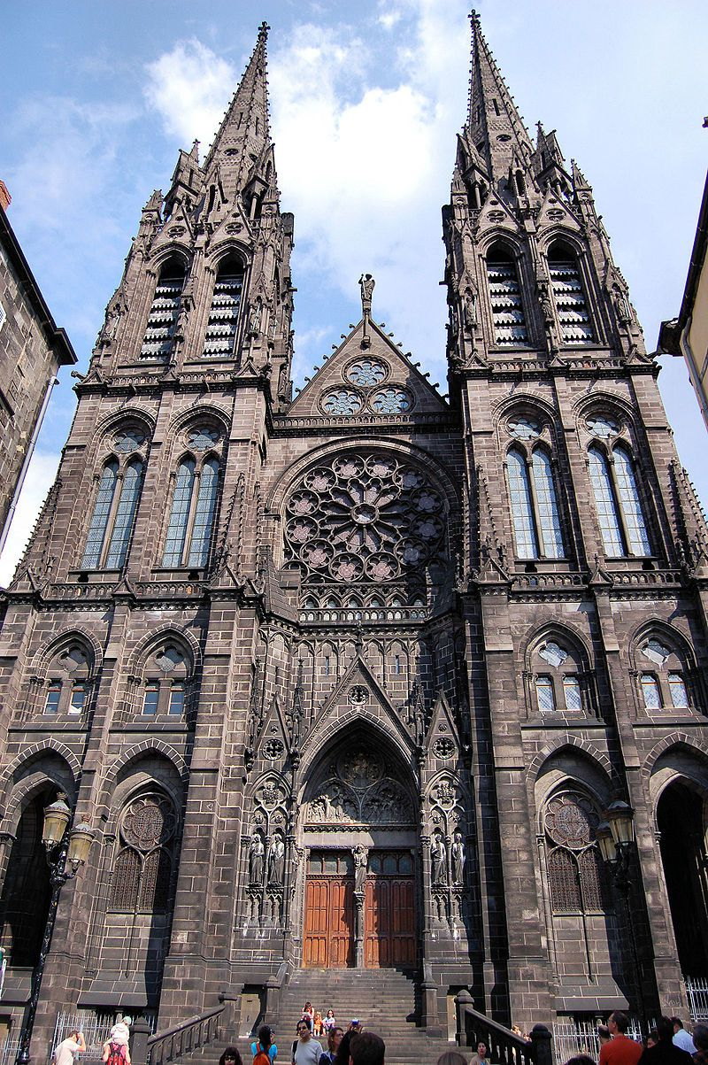 Façade of the Cathedral of Notre-Dame de l'Assomption in Clermont-Ferrand - photo Fabien 1309
