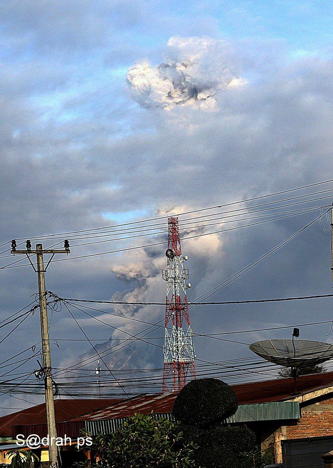 Sinabung - 07.02.2017 / 8h01 - photo Sadrah Peranginangin