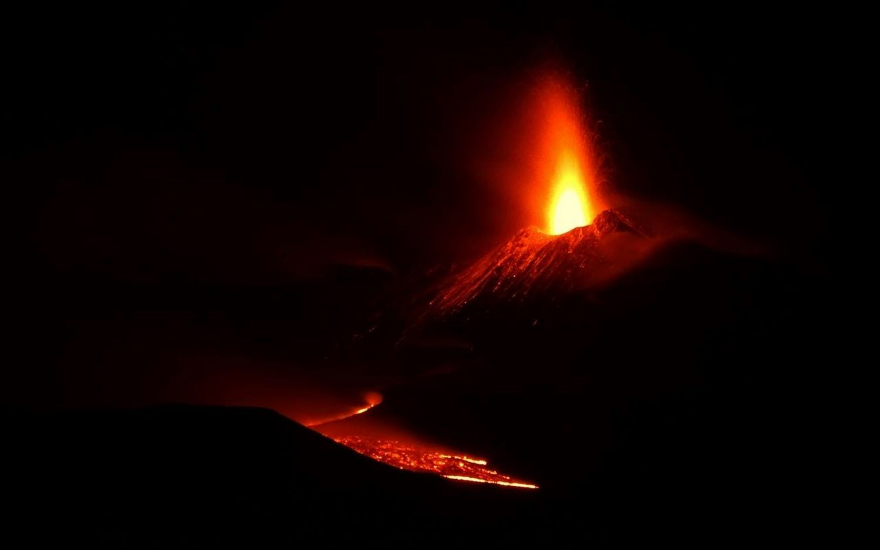 Etna - activity of 16.03.2017 / 02h55 - photo Boris Behncke