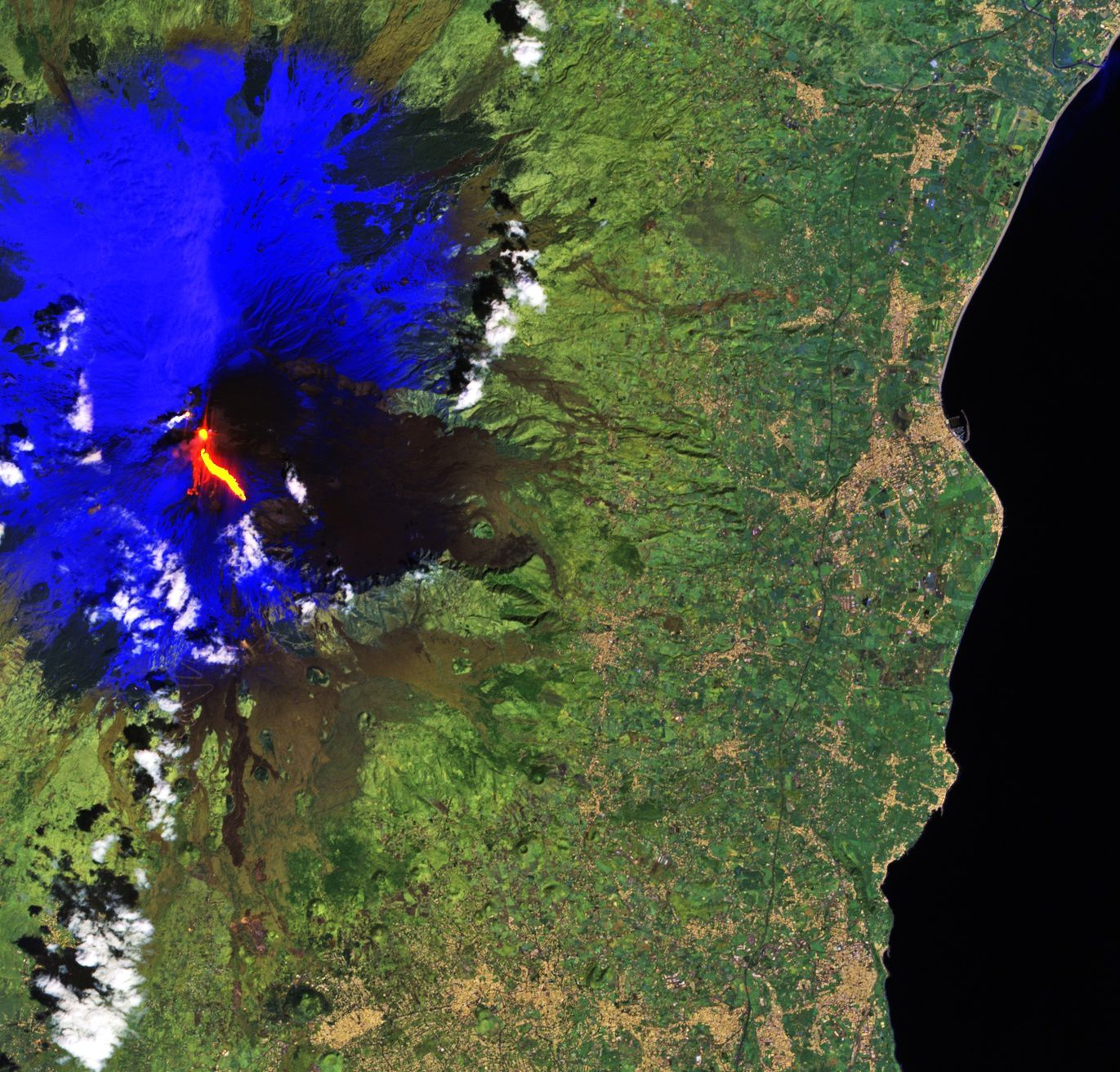 Etna - 16.03.2017 - photo en fausses couleurs par le satellite Copernicus Sentinel-2A / ESA