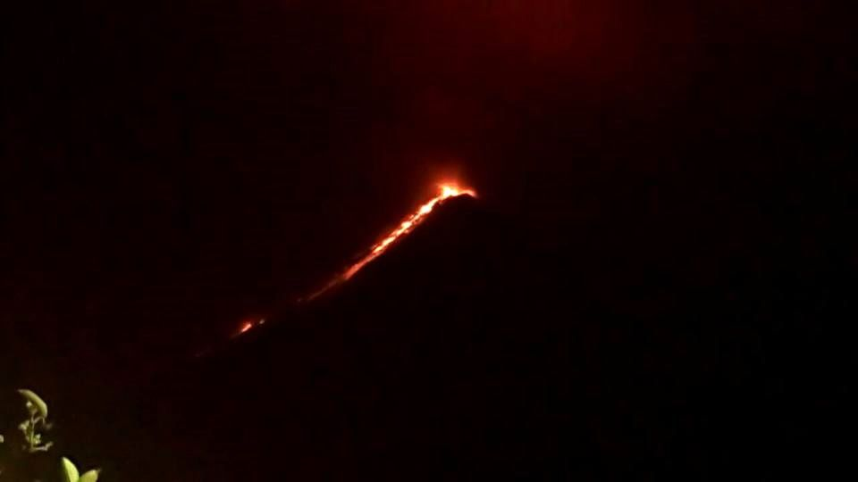 Fuego - 04.05.2017 / 21h30 - photo Insivumeh