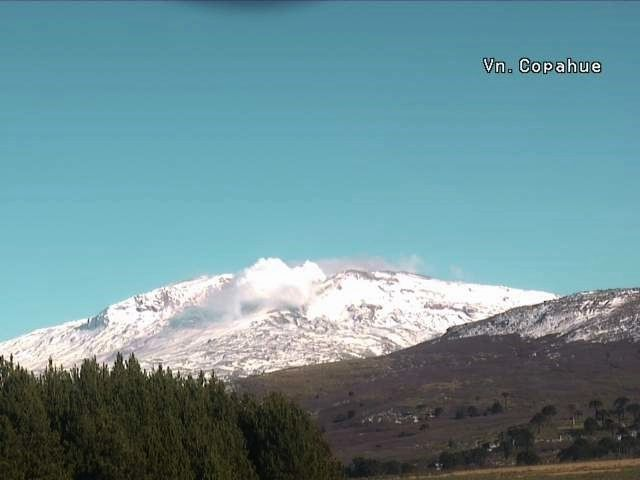 Copahue - webcam Caviahue 25.05.2017 afternoon - Sernageomin