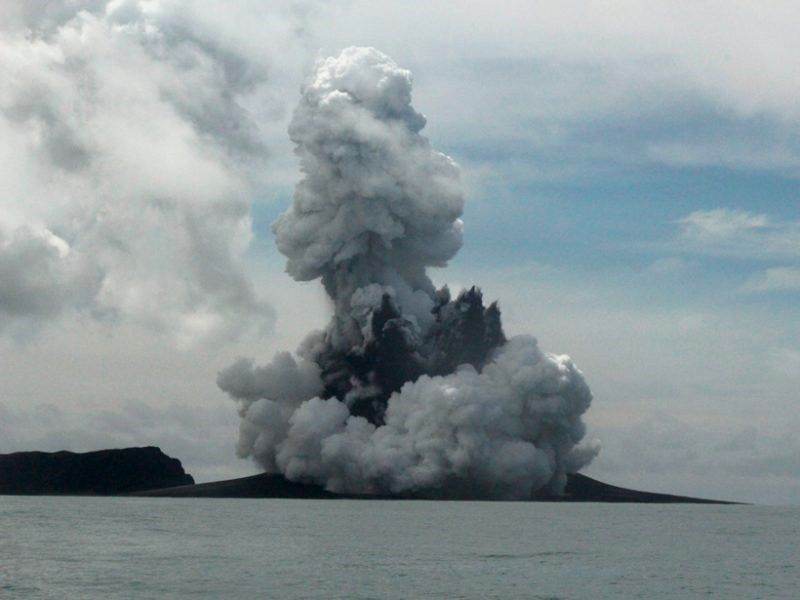 A new volcanic cone appeared on 15.01.2015 between Hunga Tonga and Hunga Ha'apai, following a surtsey-like eruption and base surges. It ended up creating a new island - Credit: New Zealand High Commission, Nuku'alofa, Tonga