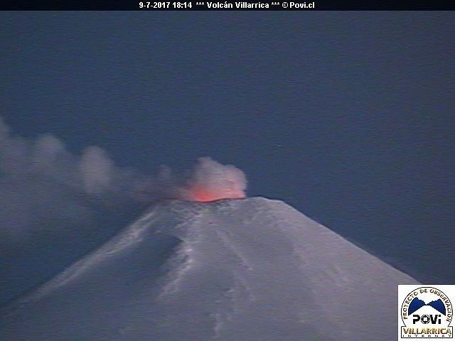 Villarica - incandescence on the 09.07.2017 at the end of the evening - POVI webcam