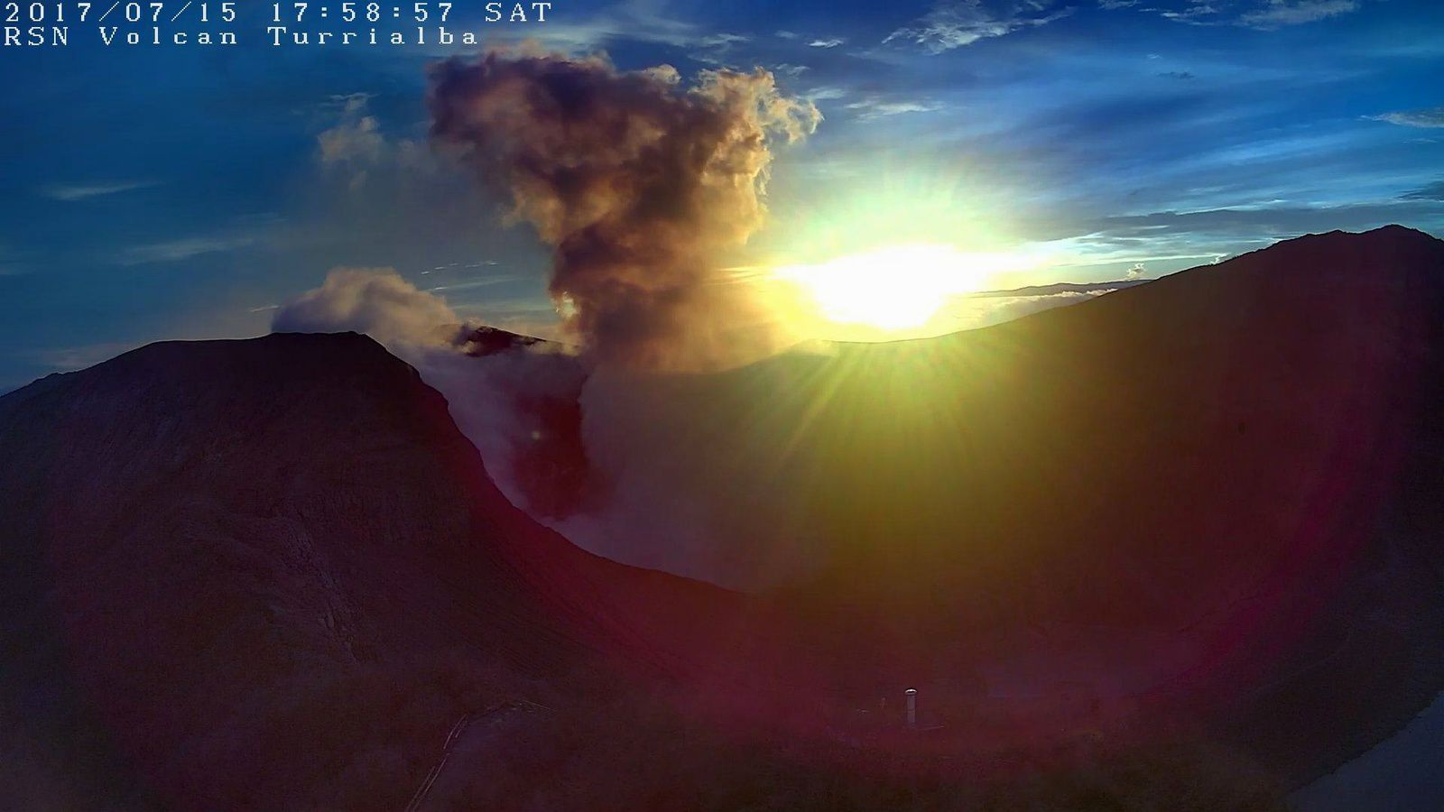 Turrialba - 15.07.2017 /  17h58 - webcam RSN