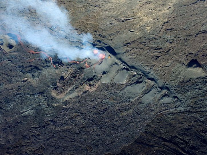 . Piton de La Fournaise - the eruptive crack and the active cone - July 21, 2017 at 9:10 - photo OVPF