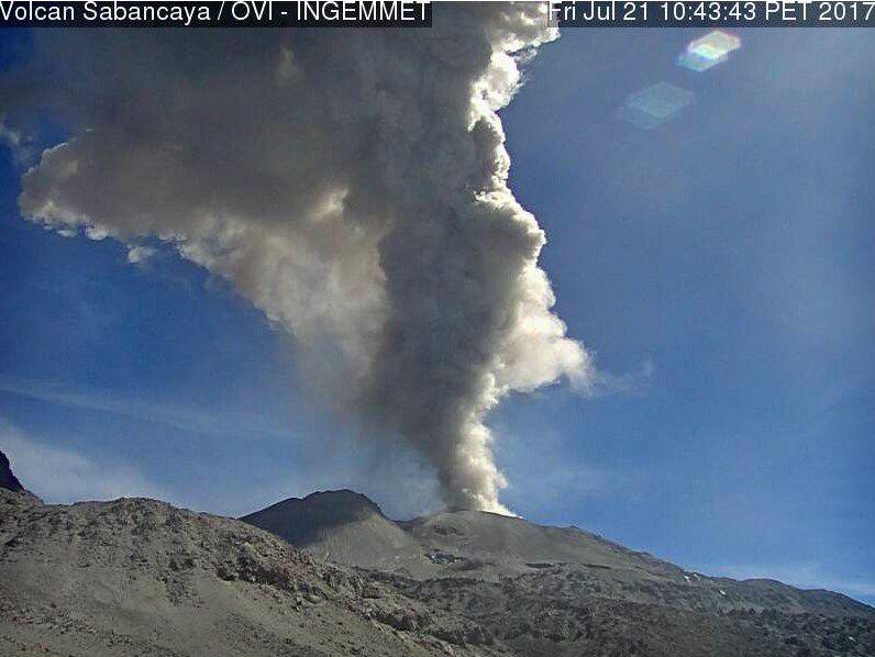 Sabancaya - 21.07.2017 / 10h43 loc. - webcam OVI Ingemmet