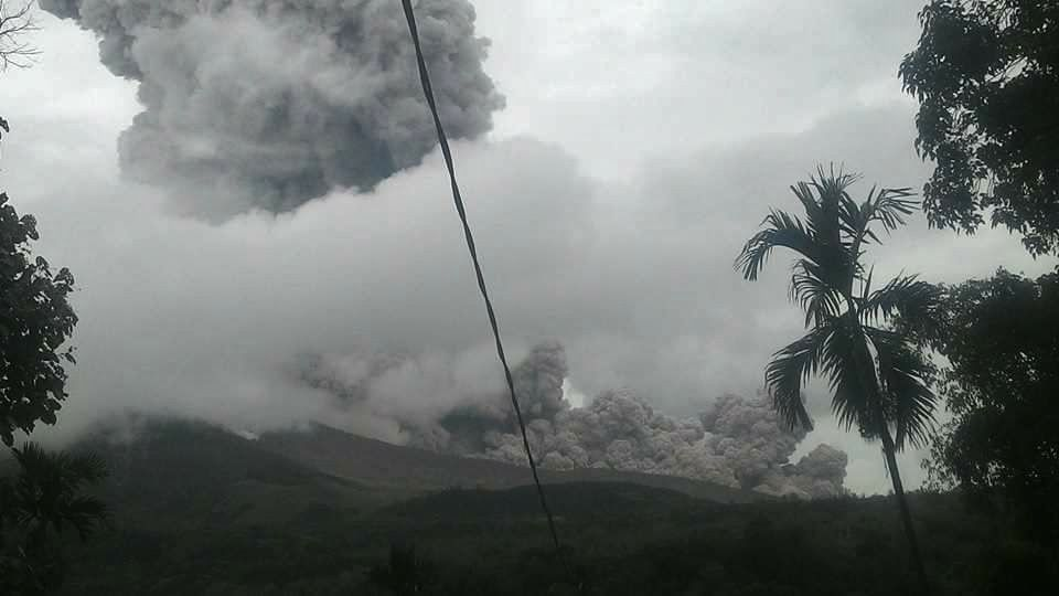 Sinabung - pyroclastic flow of the 04.08.2017 / 11h22 WIB - photo magma VSI / Edward Pandia
