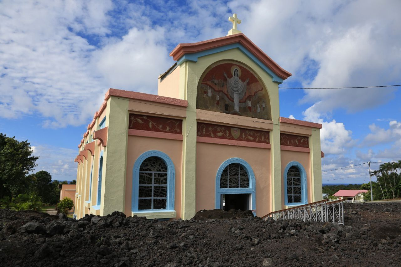 Piton de La Fournaise - The ND of Lava church surrounded by the lava flows of 1977 - .- photo © Bernard Duyck / June 2017
