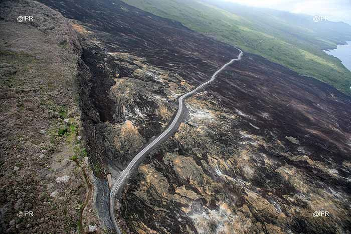 Aerial view of the Route des Laves, at the ramparts of the Tremblet and 2007 lava flows - doc Imazpress Réunion