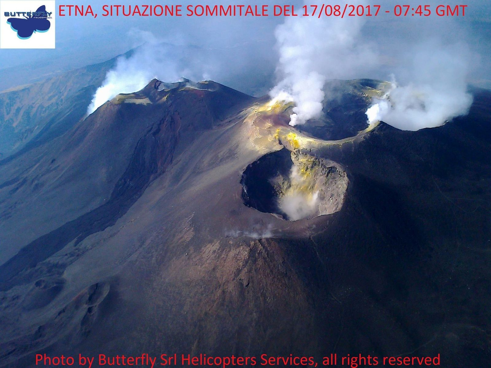 the summit craters of Mount Etna on 17.08.2017 / 7.45 GMT - Photo Joseph Nasi / Butterfly Helicopters Services