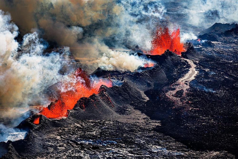The fissure eruption in Holuhraun in September 2014 - photo Ragnar Og Ásdís