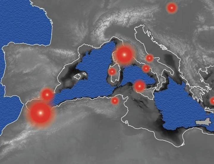The white line represents the present Mediterranean coastline, the blue regions show the underwater zone in the event of a 2 km lowering of the Mediterranean sea level as proposed during the Messinian salinity crisis and the circles reds show the location of the volcanic provinces whose activity was increased during Messinian (the size of the circle is proportional to the increase in activity). © UNIGE