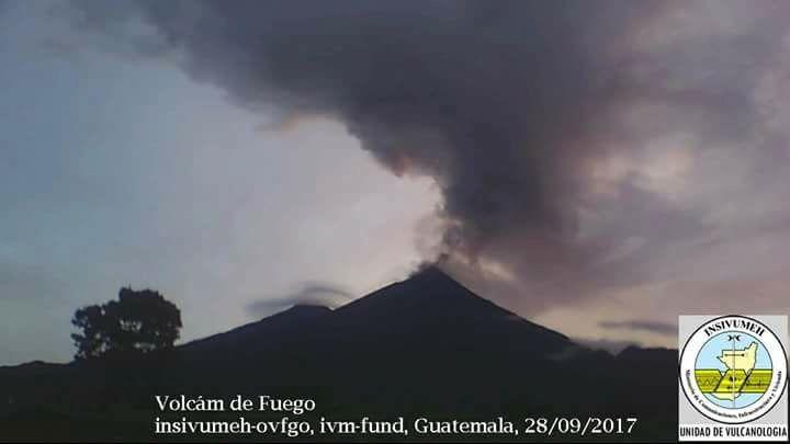 Fuego - ash plume 28.09.2017 - photo Insivumeh