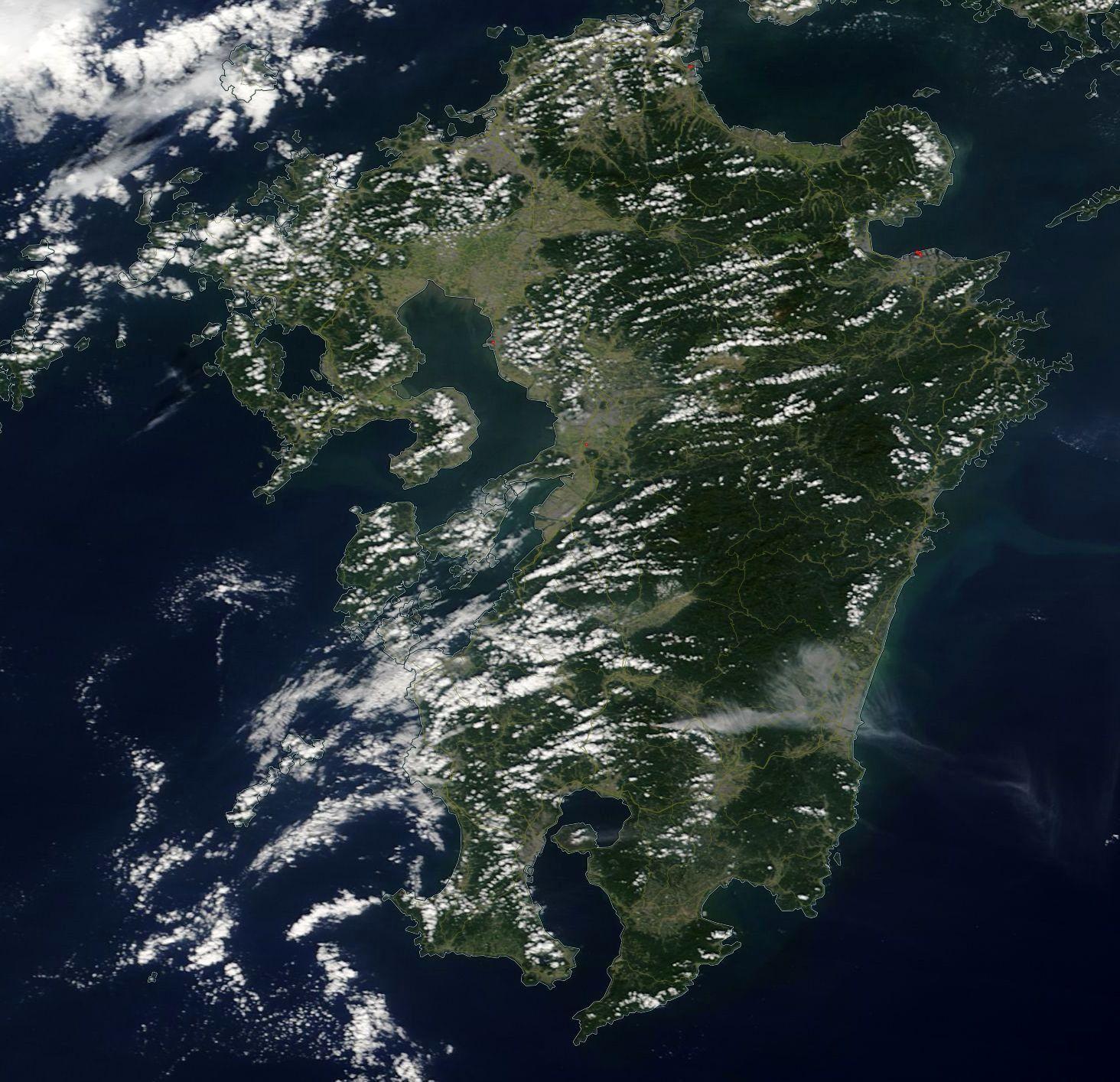 Kyushu with the erupting Shinmoedake on 11.10.2017 - Doc. Nasa-worldview EOSDIS