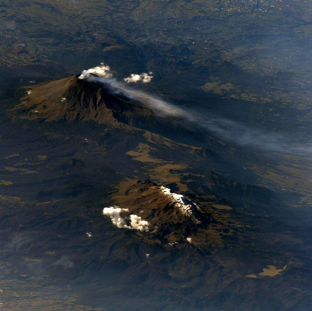 The Popocatepetl - from the ISS on 26.10.2017 - photo Serguey astro / Космонавт Сергей Рязанский
