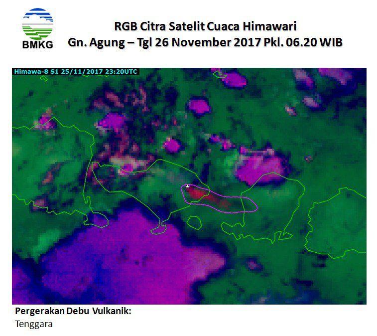 Agung - le nuage de cendres se dirige vers l'île de Lombok - image 26.11.2017 /  6h20 WIB / Himawari 8