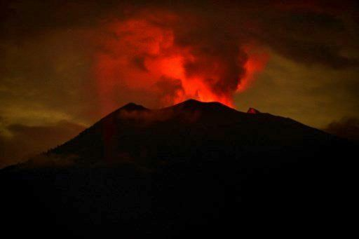 Agung - night gmow - 29-30.11.2019 - photo Rappler Indonesia