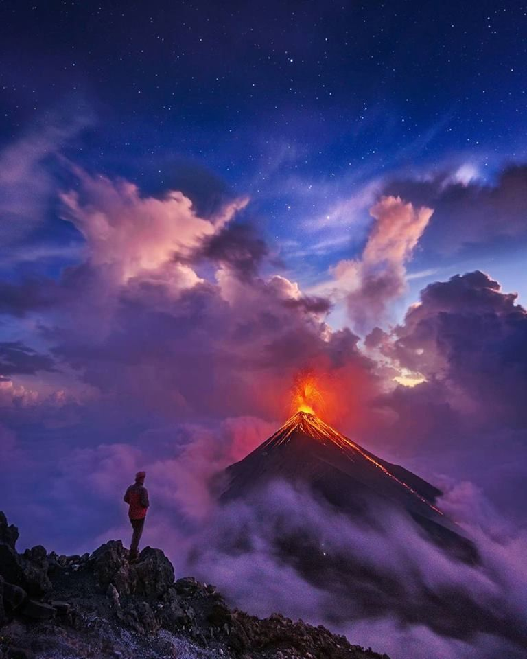 The majesty of Fuego in activity - photo 2017.12 Nico Babot