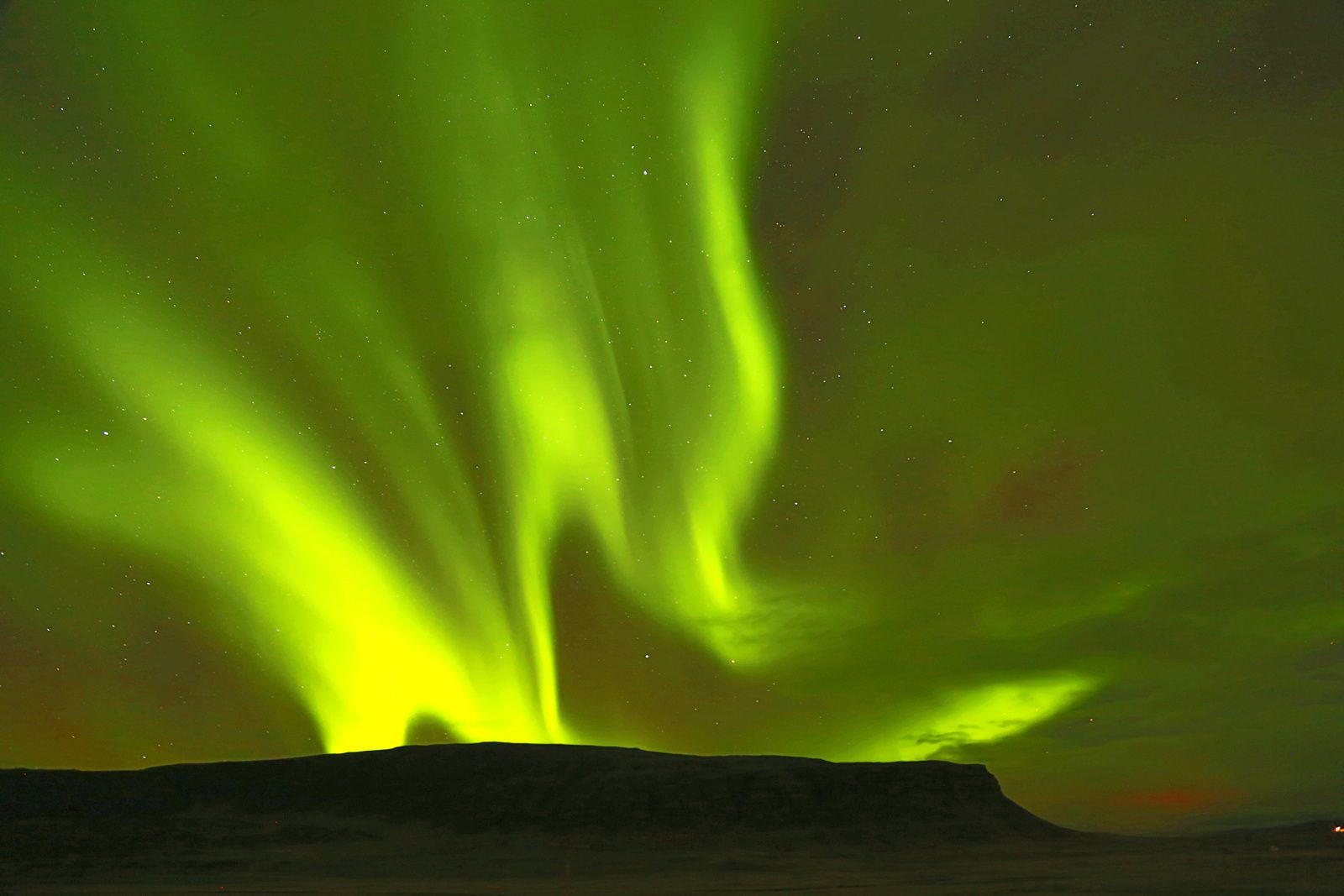 Northern lights -  photo © Bernard Duyck