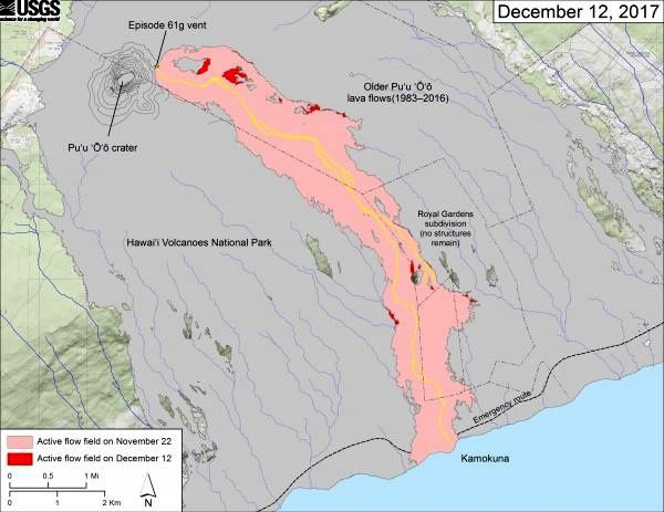 Kilauea - Pu'u O'o - the active lava field at 12.012.2017 - doc HVO - This map shows recent changes to Kīlauea's East Rift Area lava flow field. The area of ​​the active flow field is shown in pink, while widening and advancement of the active as of December 12 is shown in red. Older Pu'u'Ō'ō lava flows (1983-2016) are shown in gray. The yellow line is the trace of the active lava tubes; No matter how hard it is, but it is still quite hot to the thermal camera. The Kamokuna ocean entry is inactive.