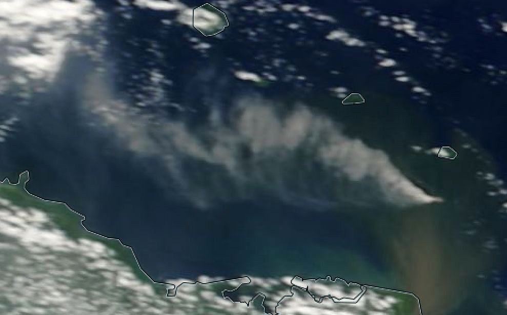 Kadovar - eruptive plume on 08.01.2018 - image Terra Modis via Nasa worldview Eosdis