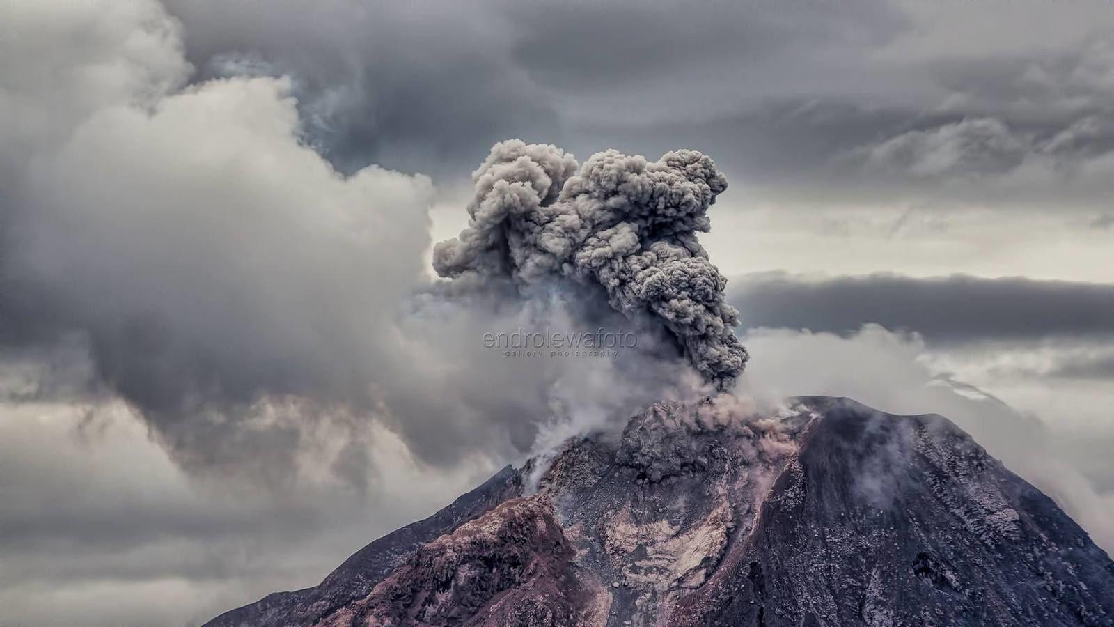 Sinabung - 12.01.2018 / 11h59 WIB - photo Endro Lewa