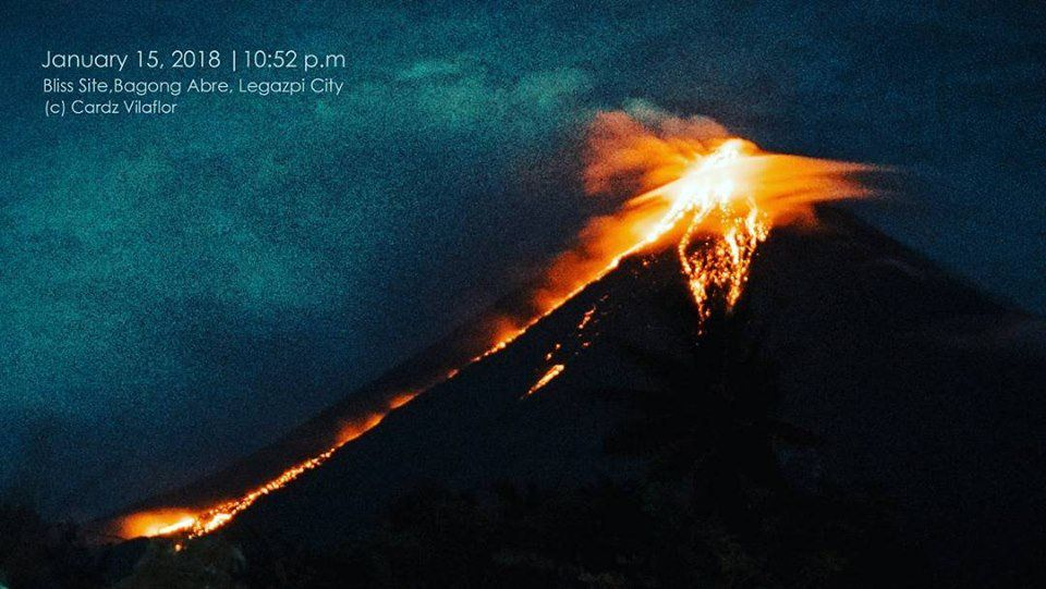 Agung - 15.01.2018 / 20h52 - photo Cardz Villaflor via Twitter