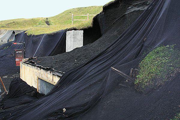 Heimaey - une des maisons dégagée des cendres de l'éruption de 1973 - Photo Eldheimar museum