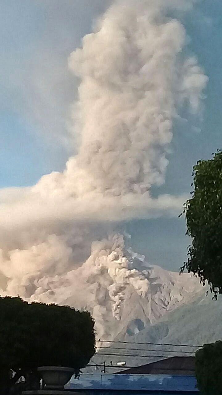 Fuego - 01.02.2018 - photo Los Bomberos en La Antigua Gt