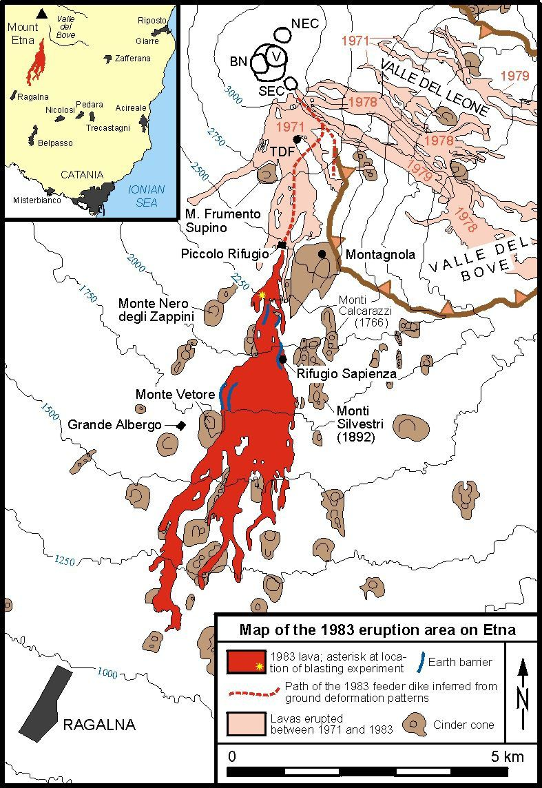 Lava Field Map 1983 / Etna: A yellow asterisk marks the location where the lava flow was blown up to deflect it; the barriers built parallel to the flows are in blue. In dotted line, the plot of the underground dyke leaving near the southeastern crater, according to the deformation data of the soil, leading to the eruption under the Piccolo Rifugio. - Doc. INGV