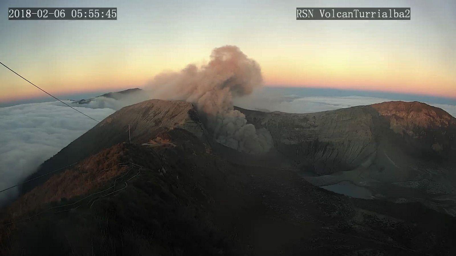 Turrialba - 06.02.2018 / 5:55 - RSN Webcam