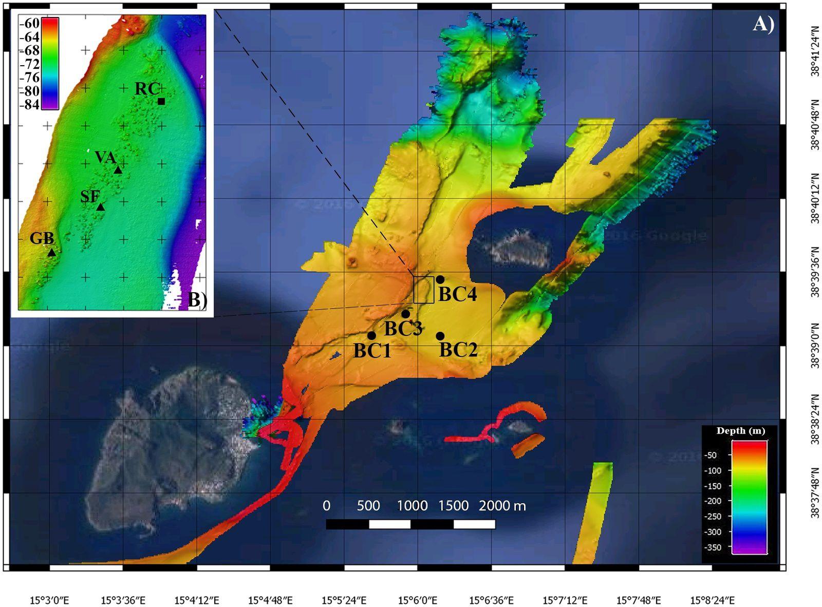 Cartes de bathymétrie à haute résolution.   Carte de toute la zone étudiée, au sud-ouest de l'îlot Basiluzzo. Les points noirs indiquent les stations de chambres benthiques; dans l'encart: carte du champ hydrothermal de Smoking Land (WGS84, UTM33, taille de cellule 20x20 cm, exagération verticale 3X). Les triangles noirs indiquent l'emplacement des cheminées échantillonnées, tandis que le carré noir indique l'emplacement de la cheminée reconstruite sur la base d'images vidéo HD. - Extrait du document cité en source.