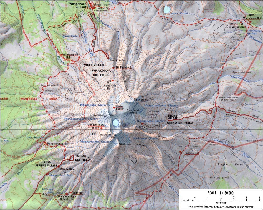 Carte du Ruapehu - la zone de l'éruption 2007 est au NO .