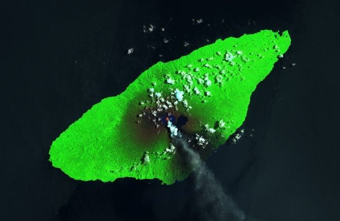 Ambae / Aoba - pictures Sentinel 2 SWIR from 18.03.2018