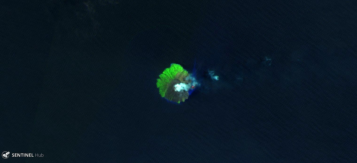 Kadovar - image Sentinel 2 SWIR 22.03.2018 - thermal radiation of the new dome and modified coast line