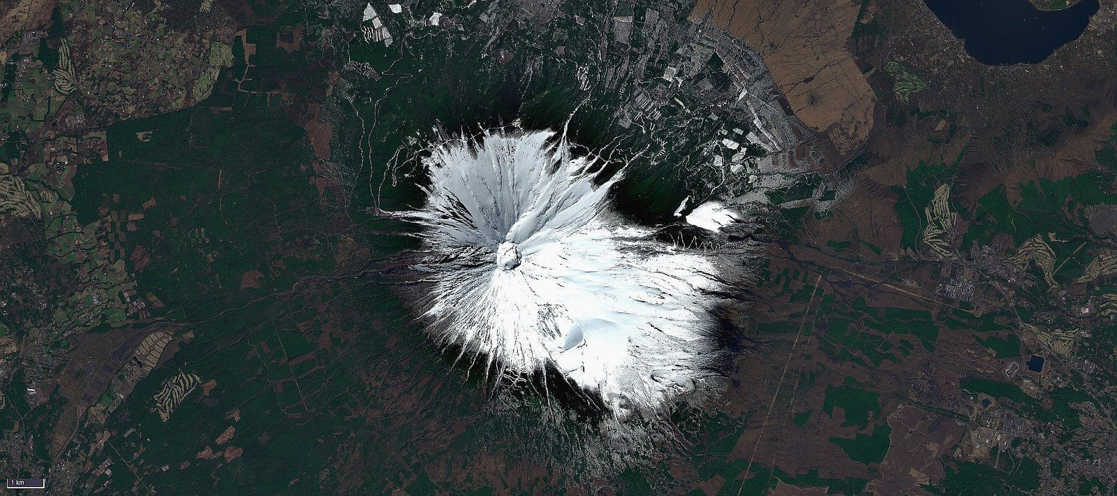 Fuji-San under the snow on 29.03.2018 - image Sentinel 2