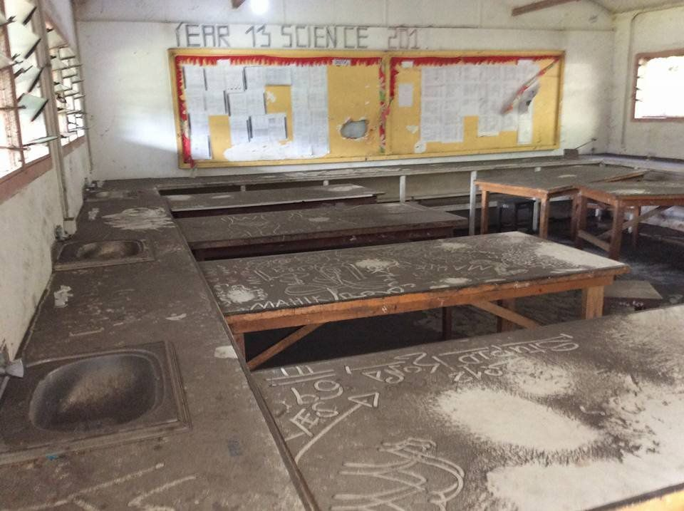 Ambae - St Patrick's College in Lolowai had to finish earlier in the first term because of ashes in the classrooms - photo Vanuatu Daily Post 13.04.2018
